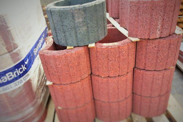gazony-betonowe-kolorowe